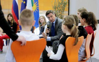 Videoposnetek obiska predsednika Republike Slovenije Boruta Pahorja na Osnovni šoli Koper